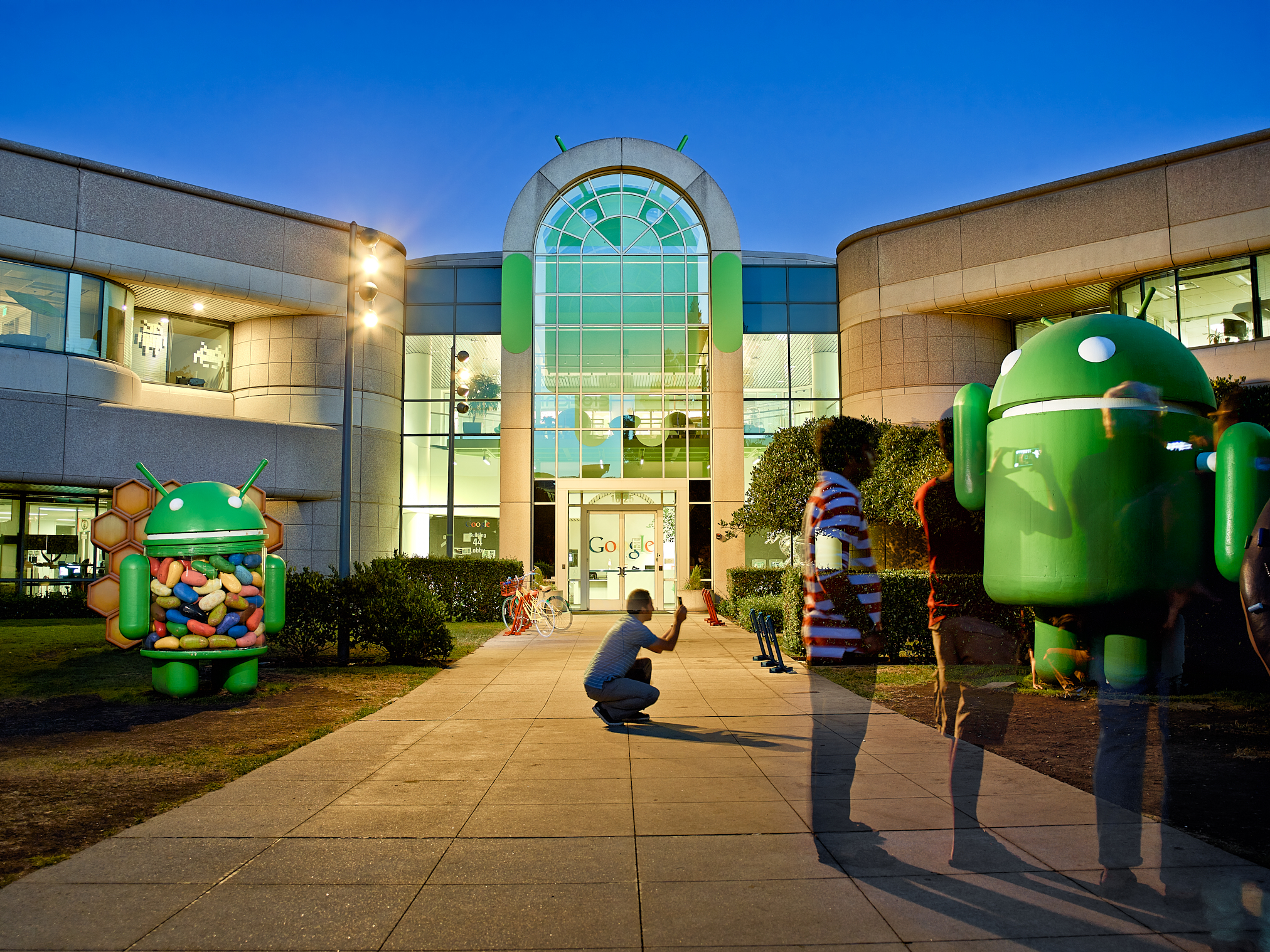 Android Sculptures by Peter Adams.
